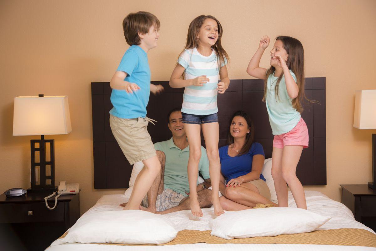 """Yahoo!- """"30 Top Family Weekend Getaways"""""""